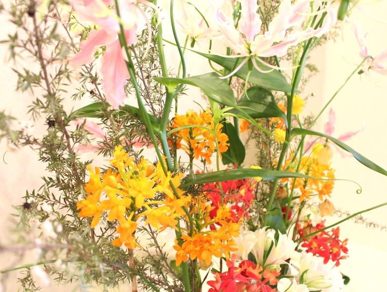 木下内科クリニックの生け花が新しくなりました「オレンジ」4
